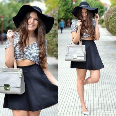 5670f611a falda negra y pupera blanca con negra,zapatos bajos | puperas | Crop ...