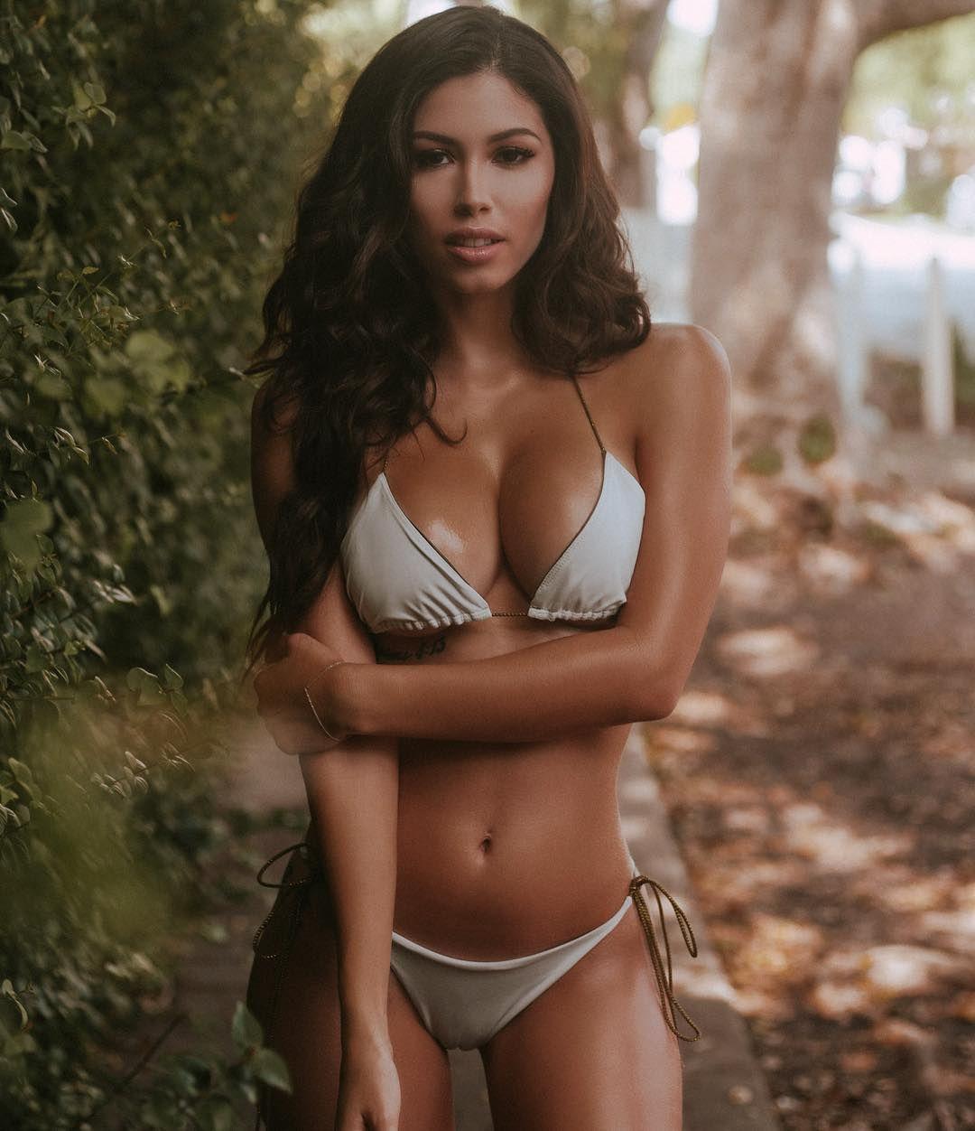 Alexandra Michelle Nude Photos 71