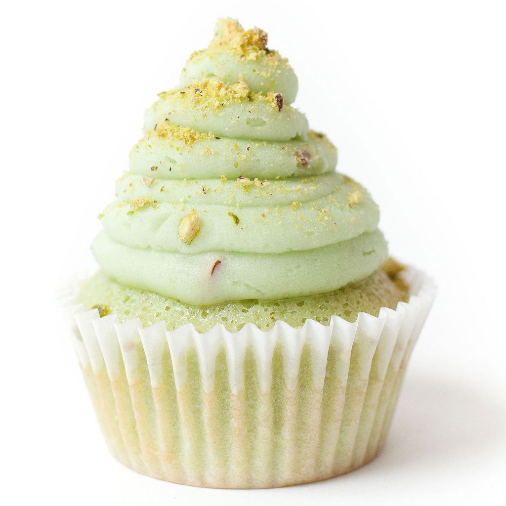 So, at the moment, I'm craving for a Pistachio Cupcake with buttercream frosting.