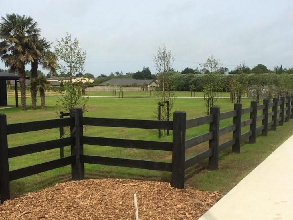 20 Gorgeous Black Wooden Fence Design Ideas For Frontyards Coodecor Fence Design Post And Rail Fence Farm Fence