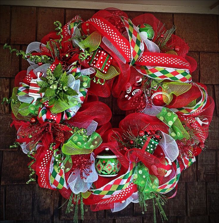 Deco Mesh Christmas Tree Wreath: Deco Mesh Christmas Wreath