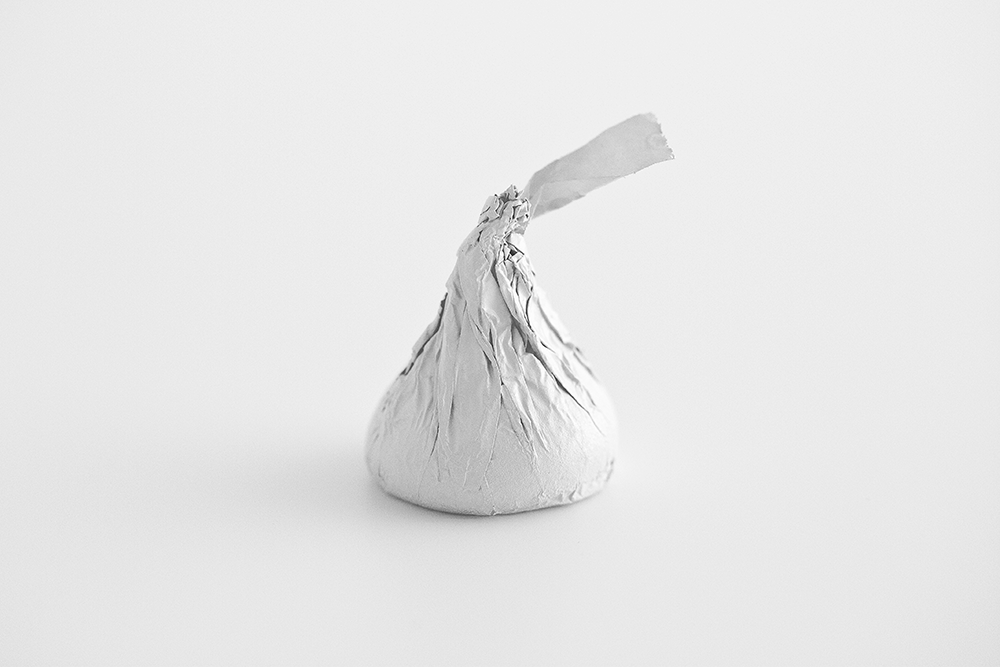 Hershey S Kisses In 2021 Hershey Kisses White Aesthetic Pure Products