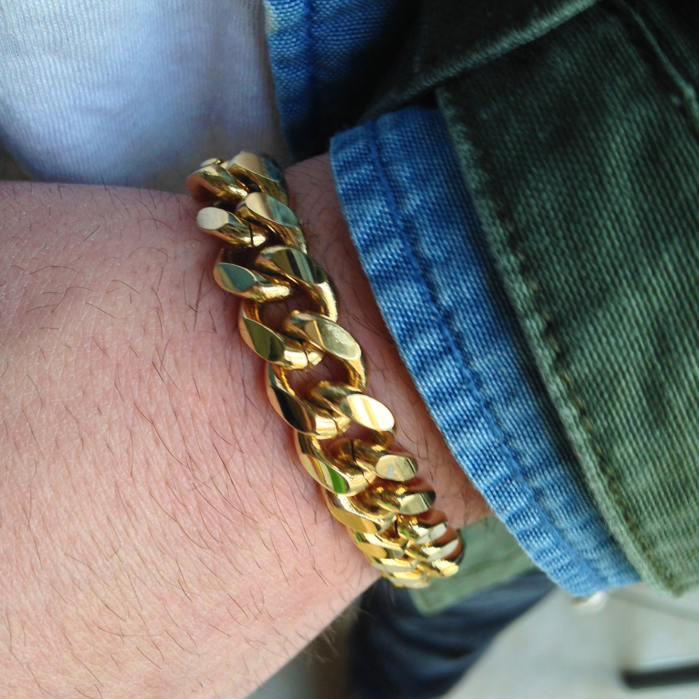 en bangles of set om pieces gold plated