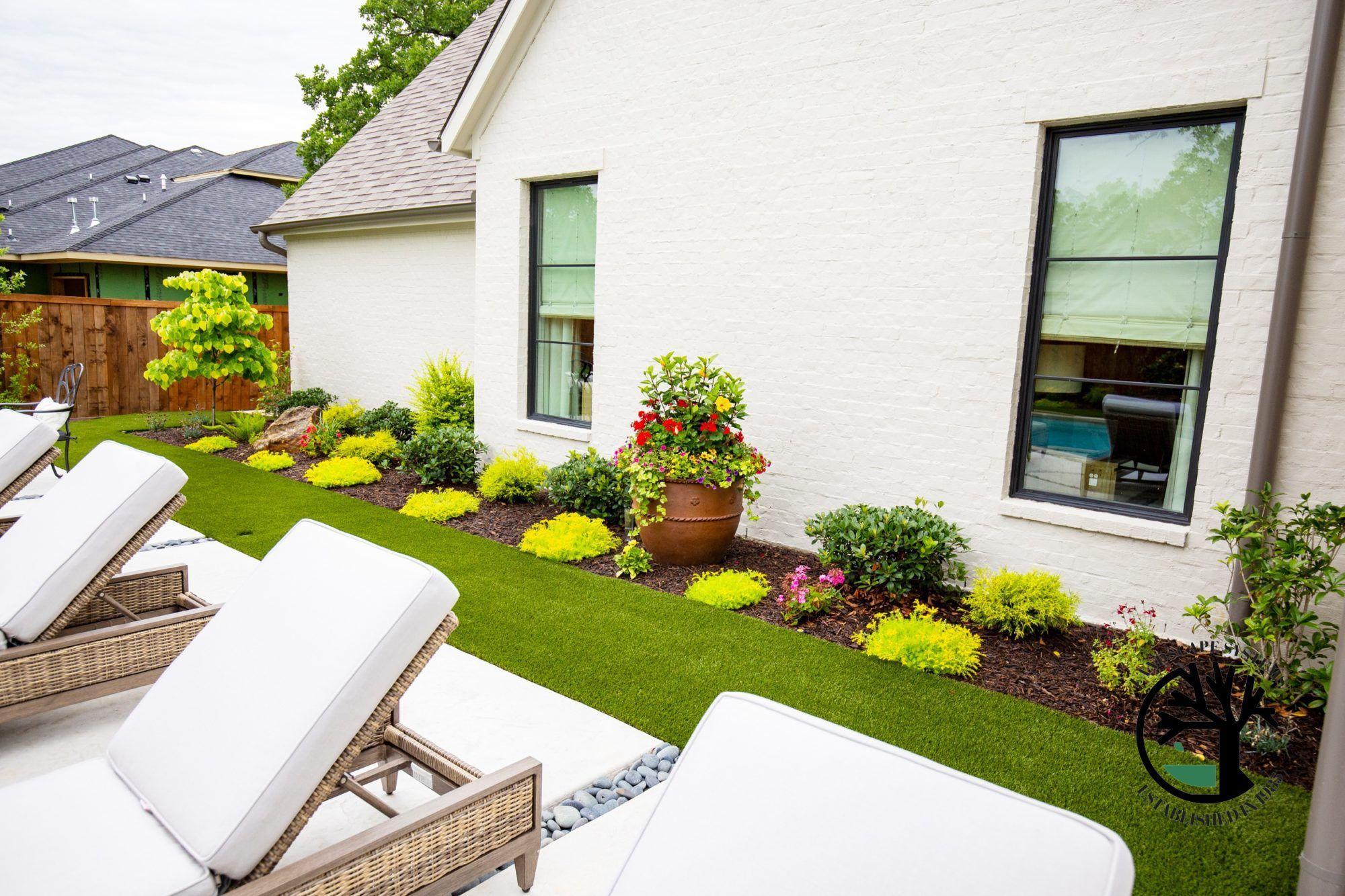 Modern Back Yard Install Colleyville Texas Landscape Designer Landscape Systems Garden Center In 2020 Landscape Design Planting Flowers Garden Center