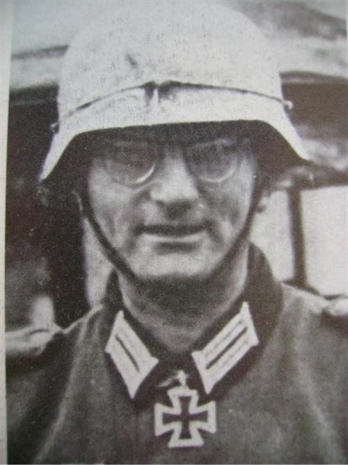 ✠ Hanns Laengenfelder (8 February 1903 – 18 July 1982)