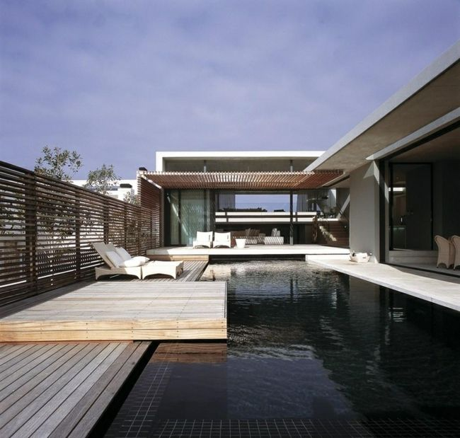 Holz Terrasse Pool modern Haus Holzzaun | Arquitectura residencial ...