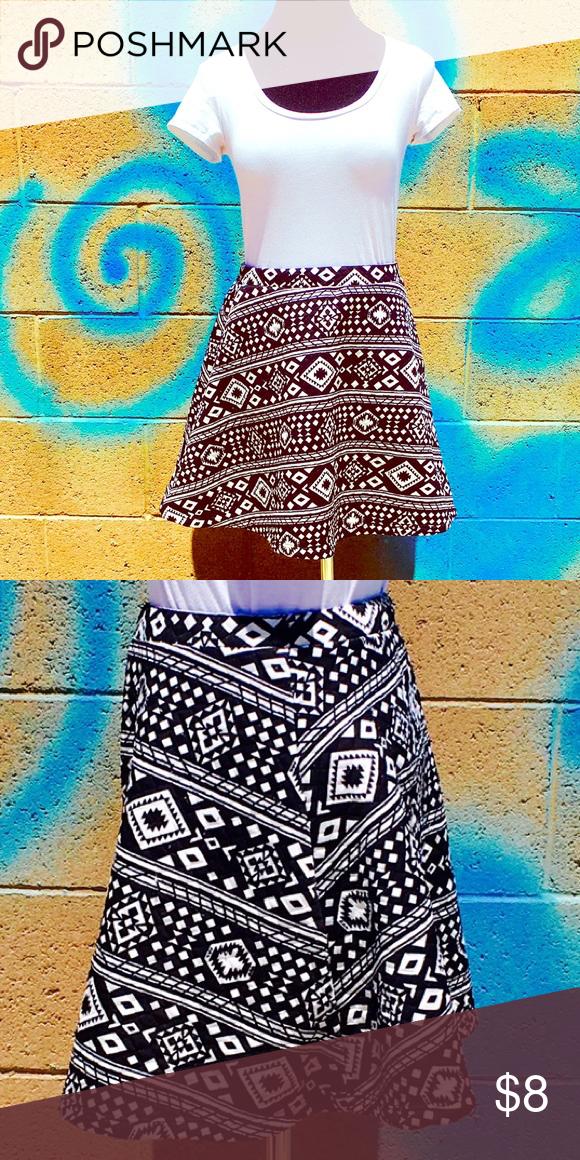 Stretchy Skater Skirt- Aztec Print 🌞 Flare Skater Skirt- Also cute w/ Cop Tops! 🌟 Derek Heart Skirts Circle & Skater