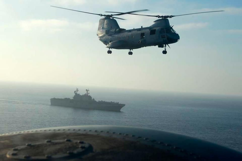A CH-46E Sea Knight helicopter