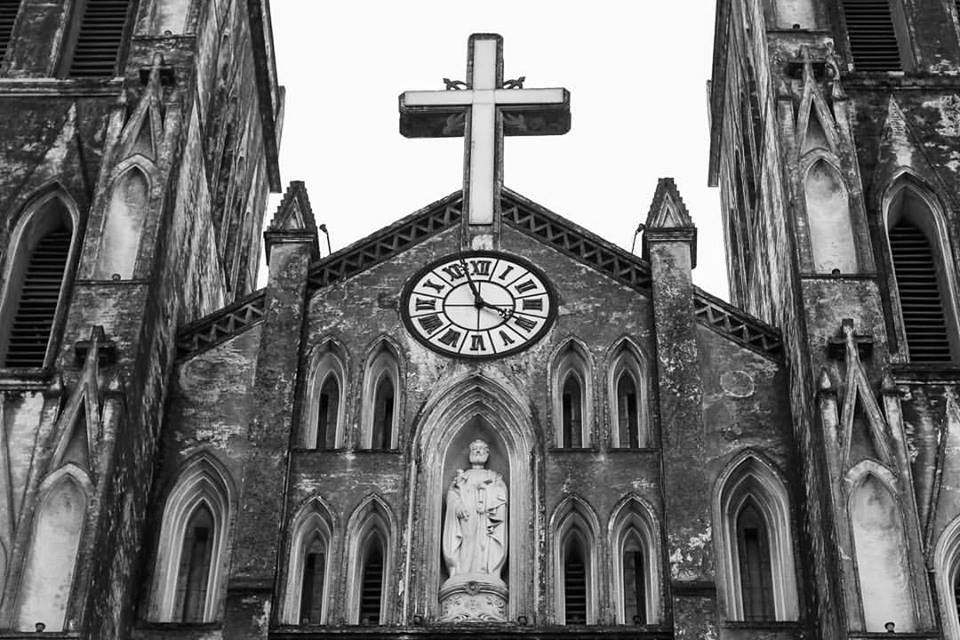 Cathedral Hanoi by Boris Lopatin www.emporiumhanoi.com #cathedral #Hanoi #Vietnam #photo #photography #architecture