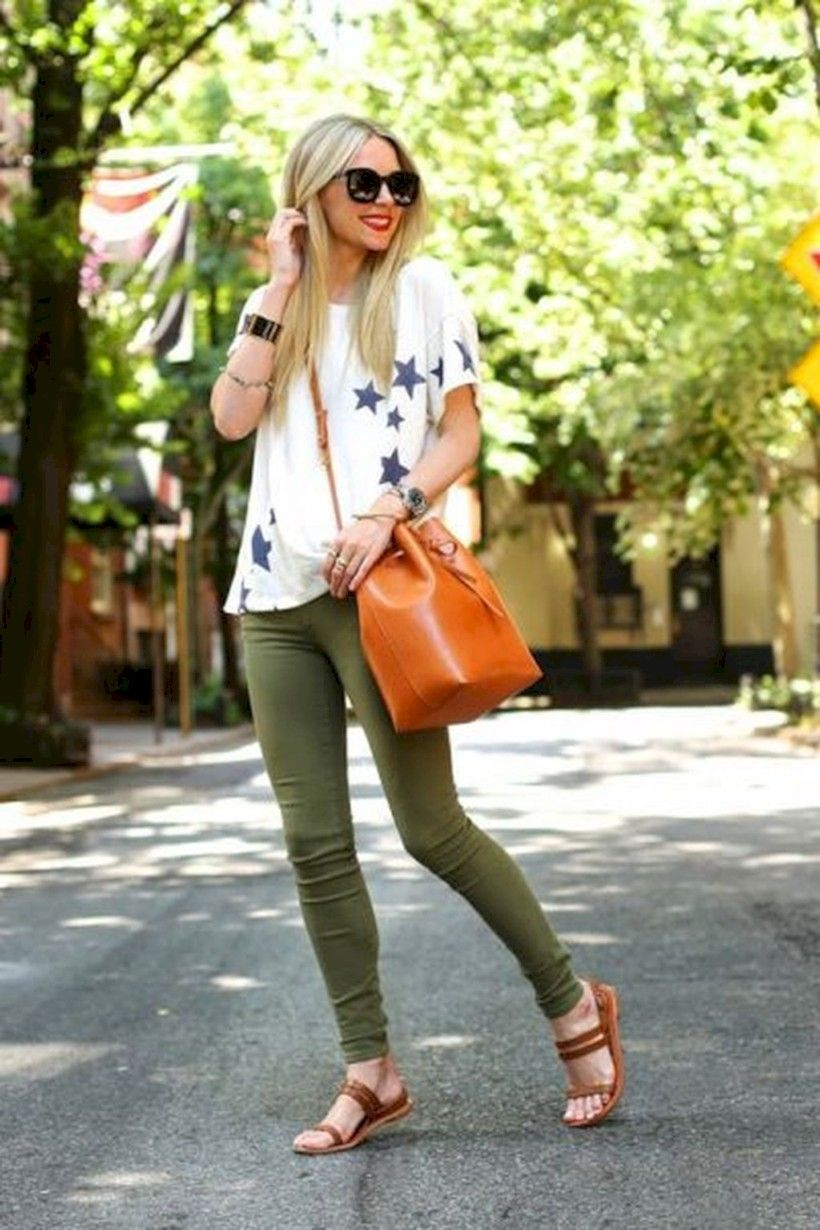 3139a212ed7b Cool 35 Amazing Spring Outfits Ideas You Must Try http   fashioneal.com