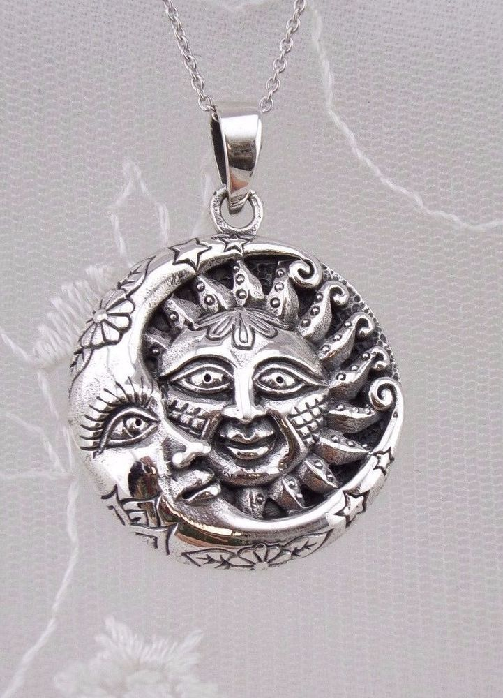 NEW Gorgeous Round Silver Plated OM Necklace with Crystals