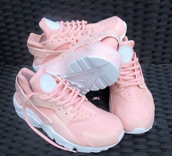 sports shoes 3b5f3 7234a Baby Pink Rose Nike Air Huarache Rosa Nike Huarache by JKLcustoms