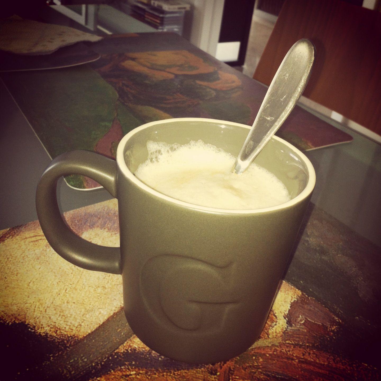 Fave cup of coffee: lots of foam, bit of cinnamon