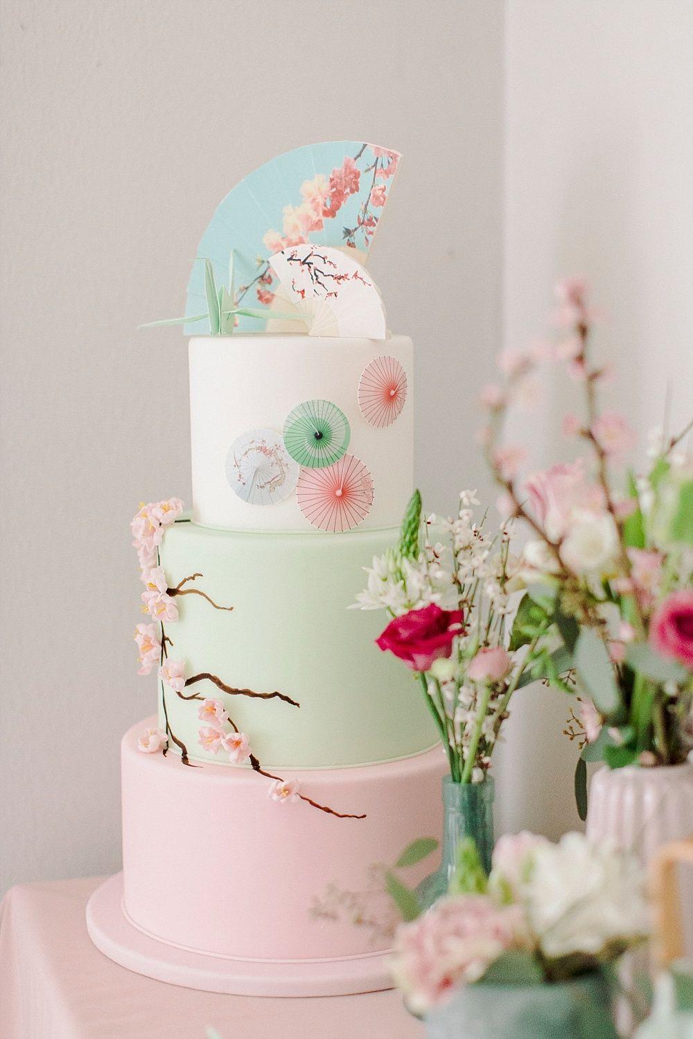 Hochzeitstorte Rosa Fruhling Kirschbluten Hochzeitstorte Japanisch