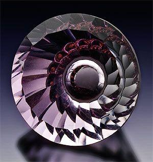 Kazuhito Komatsu / Second Place  Laurel Crown Cutting / 19.5mm round. Natural pink amethyst, concave cutting. 25.35 carats