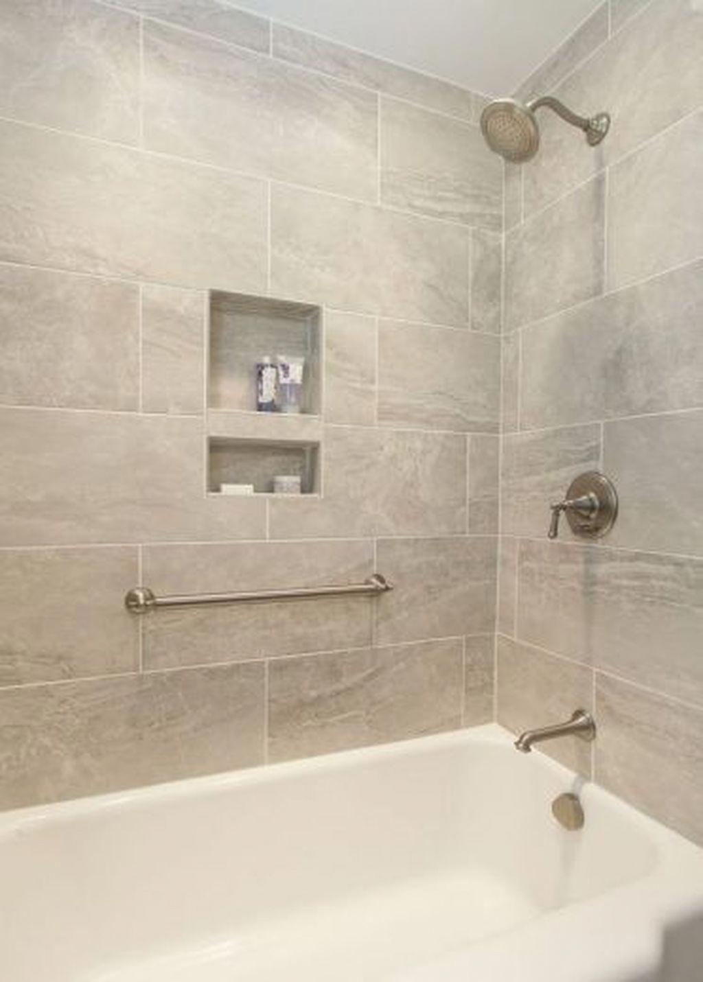 Lovely And Inspiring Master Bathroom Tips Bathroom Decorating Master Bathroom In 2020 Dusche Umgestalten Badewanne Fliesen Badewanneneinfassung