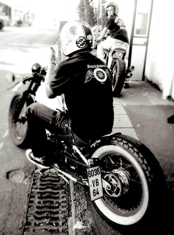 Vintage Bikes Vintage Motorcycles Custom Motorcycles Cars And Motorcycles Custom Harleys