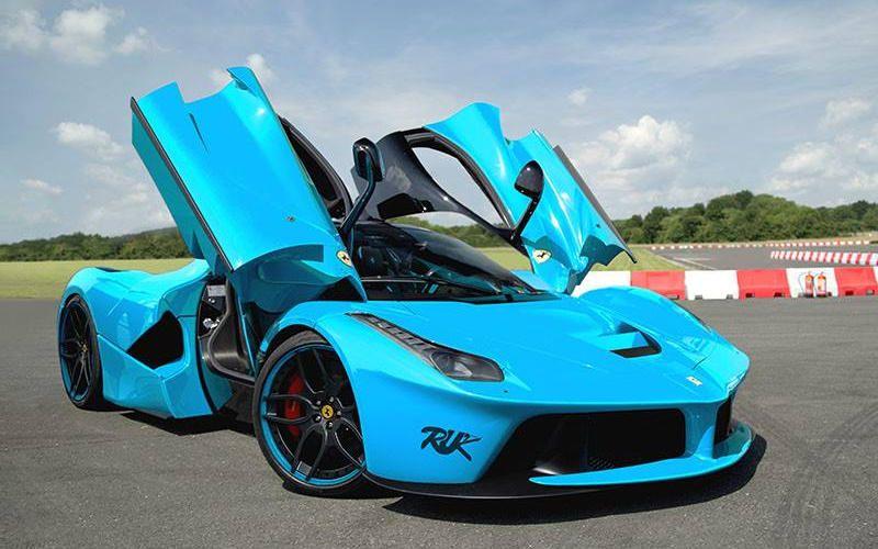 baby blue airy and nostalgic Autos deportivos, Autos