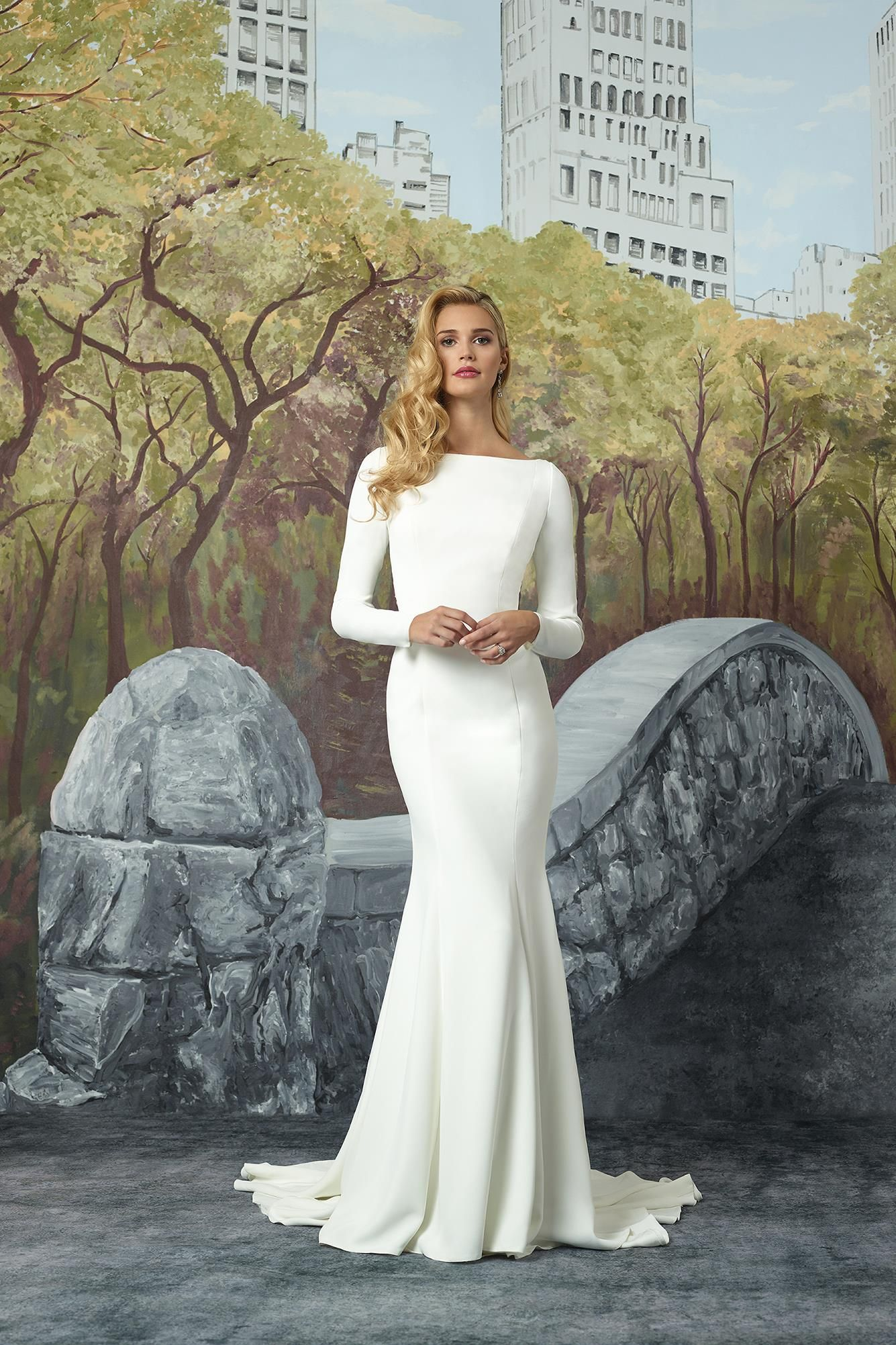 Svadobné šaty svadobný salón valery 8760940840b