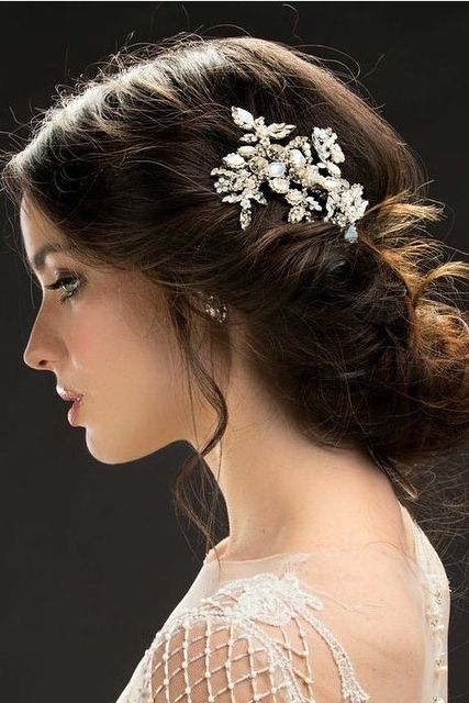 ~  we ❤ this! moncheribridals.com #bridalupdo