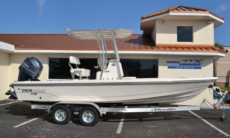 Pathfinder Boats For Sale >> Photo For 2015 Pathfinder 2200 Trs Bay Boat Bay Boats