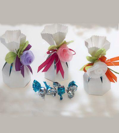 Golosinas preparadas con un bonito envoltorio de regalo. Y qué precios! No te lo pierdas. 🌸 Ver ▶ http://bit.ly/2n9CS1D #comunion #comuniones #regaloscomunion #detalles #detallesinvitados #regalosinvitados #hollycommunion #tiendaonline #niñascomunion #firstcommunion #detallesbonitos #detallescomunion #novios #novias #bodas #regalosboda #detallesbautizo #bautizo #golosinas