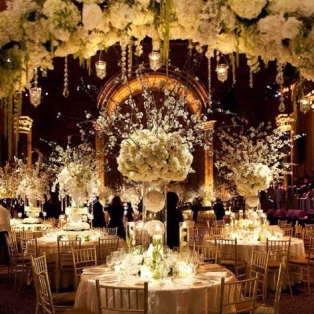 Ivory And White Are Great Colors For Wedding Centerpieces