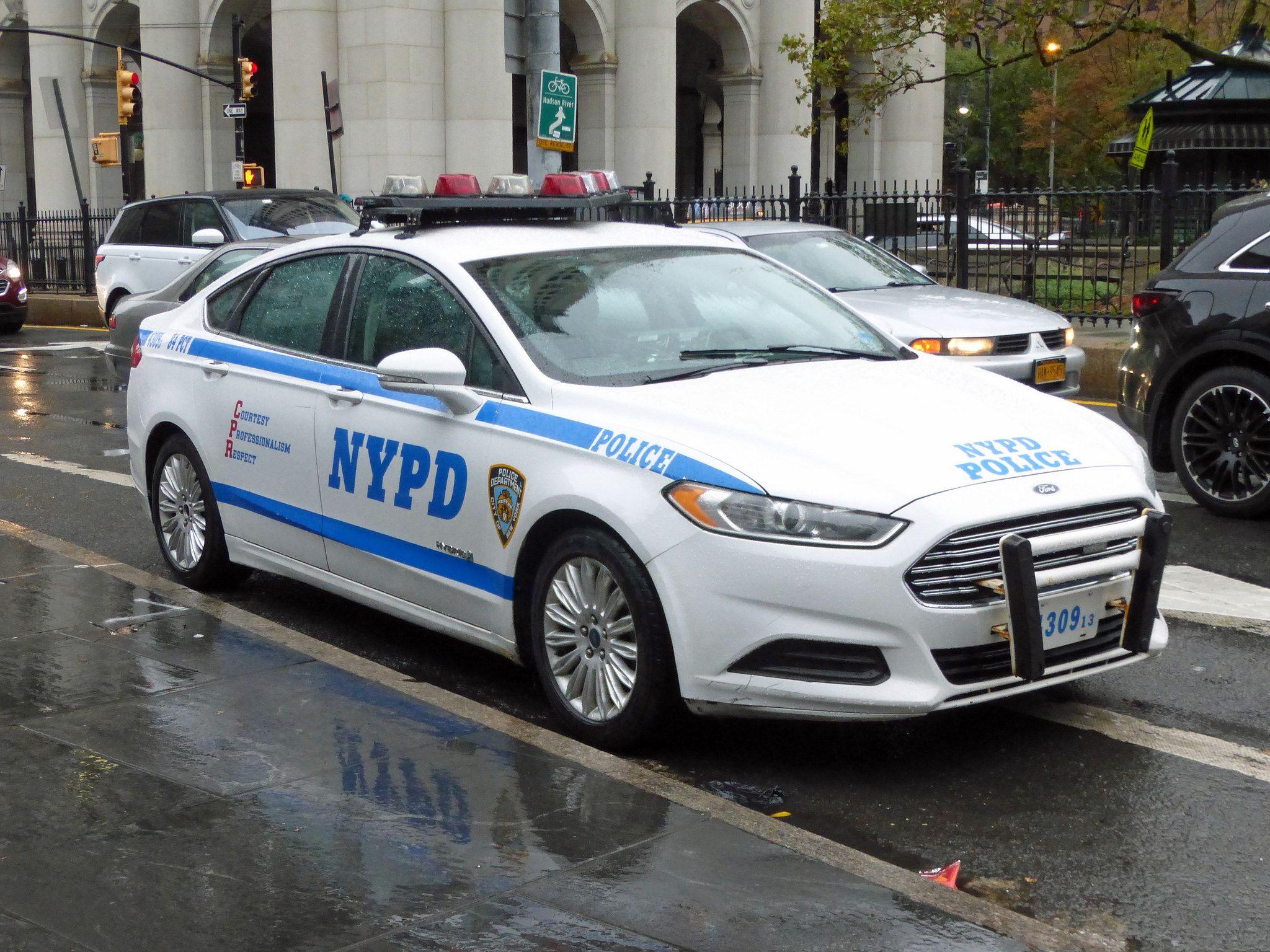 Nypd 84 Pct 4309 Policia Carros