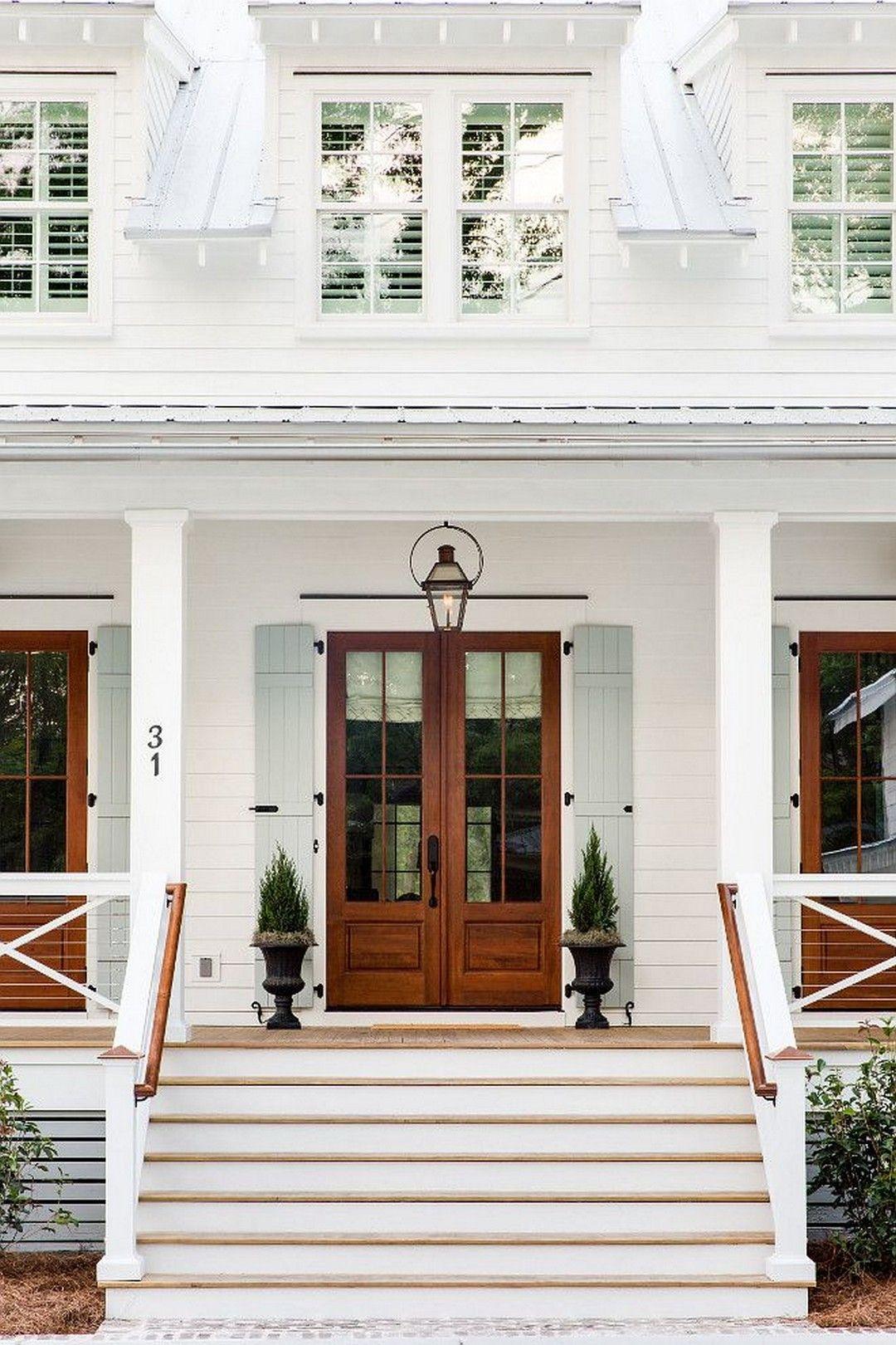 Coastal farmhouse exterior design ideas 19 in 2020