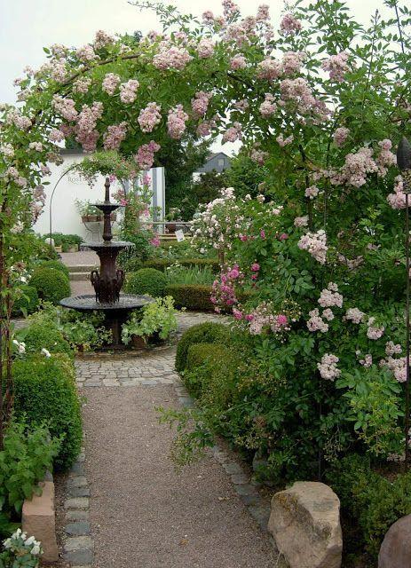 Gartendeko Blog Rosen Romantik Gardendeko In 2020 Garten Garten Deko Traumgarten