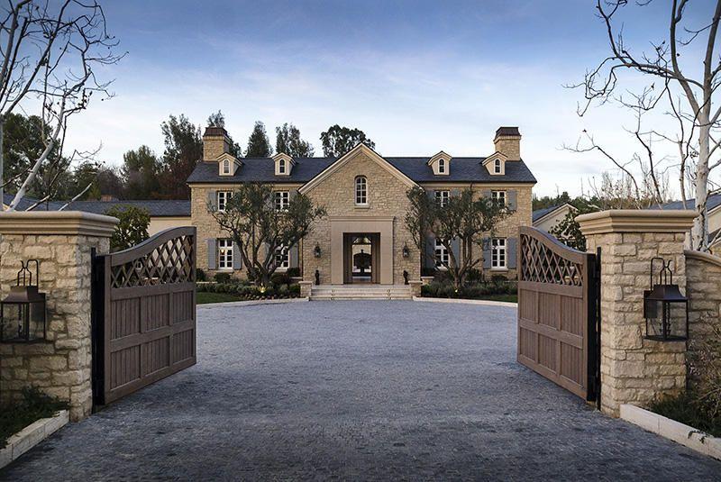 Kim Kardashians Haus Jpg 945 630 Bel Air Mansion Mansions