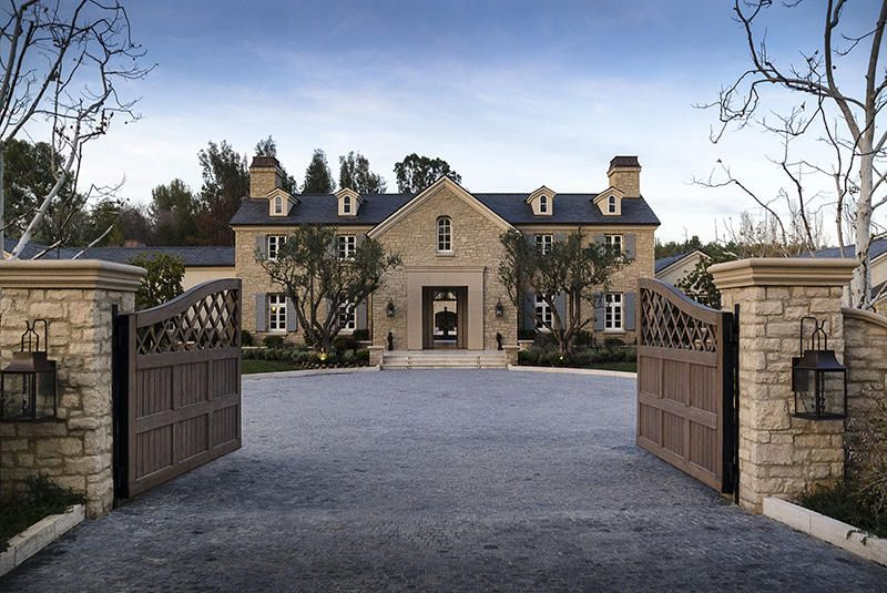 Realestate Yahoo News Latest News Headlines Celebrity Houses Kardashian Home Celebrity Mansions