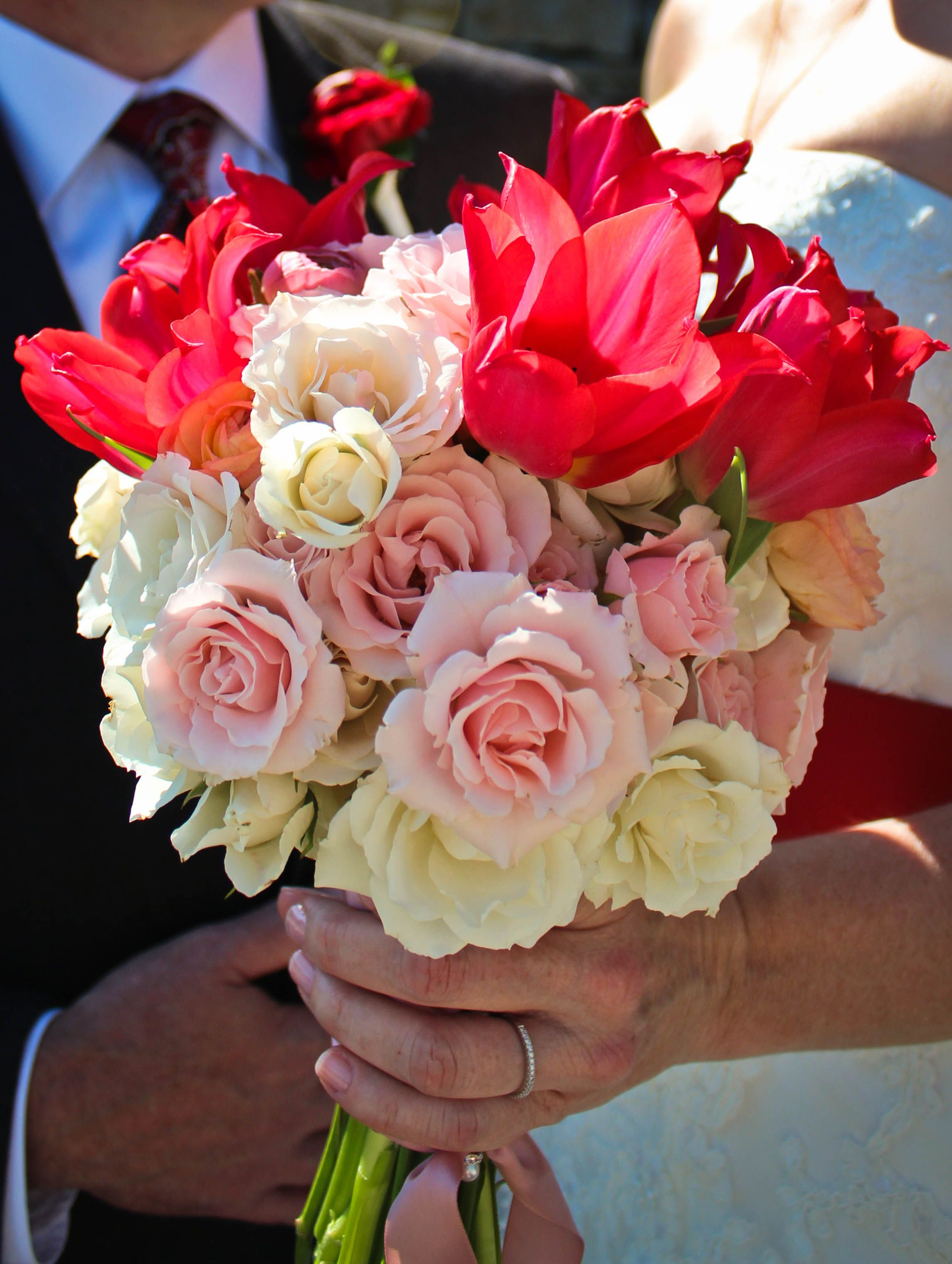 Tulips, Rannunculas, pink majolica and white majolica