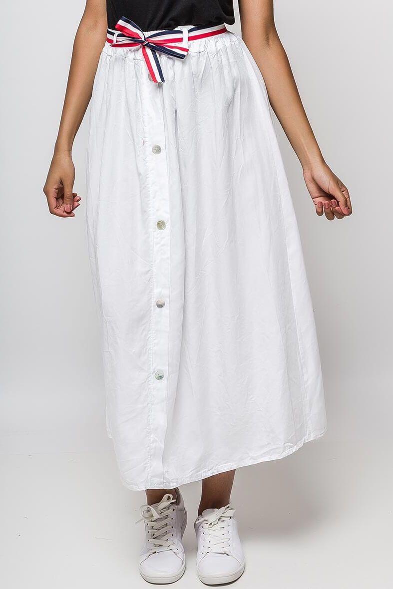 f451ad9f26f6 Dlhá biela vzdušná sukňa s imitáciou gombíkov