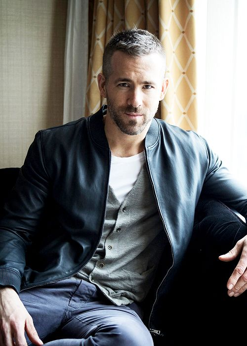 Hayden Christensen Mature Men Ryan Reynolds James Mcavoy Male Beauty Actors