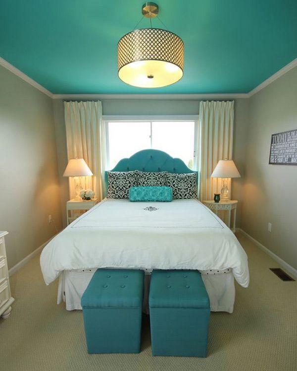 chambre avec plafond peint en couleur turquoise | peinture ...