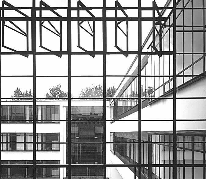 Bauhaus architecture bauhaus klc bauhaus extras for Imitazioni lampade design