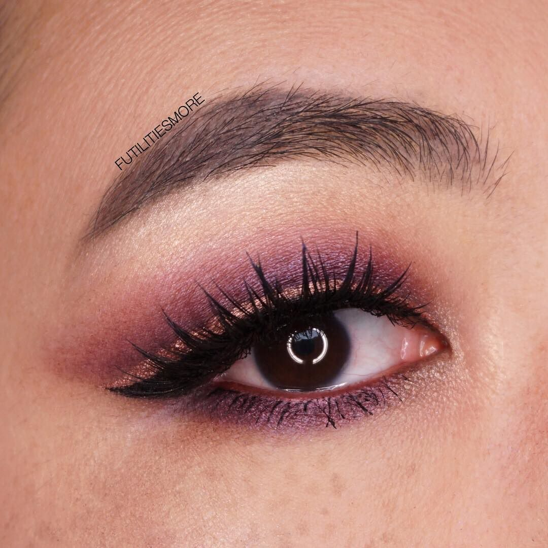 52839139052 PURPLE AND COPPER EYES I used mostly @nablacosmetics products to achieve  this look. I