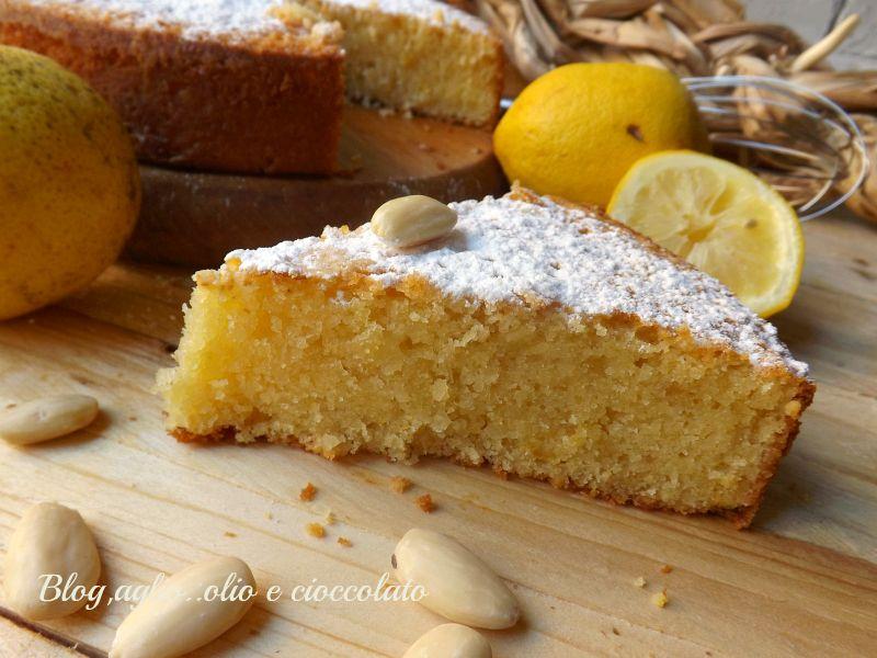 L'ho fatta!! La Torta al Limone!! .. si ma non la classica torta al limone,questa è la Torta al Limone di Amalfi!!