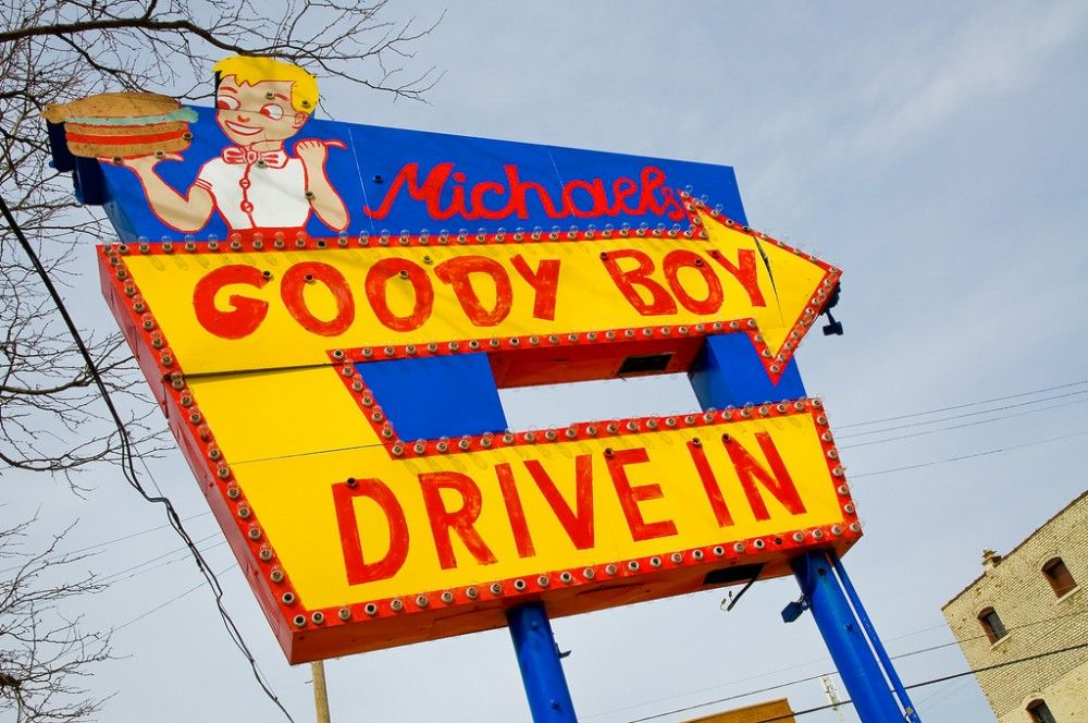 Michael S Goody Boy Drive In Sign In Columbus Ohio Vintage Neon Signs Vintage Signs Columbus