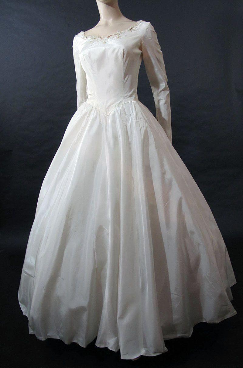 1950 wedding dress  Romantic u Elegant us Wedding Dress from marzillivintage on Ruby
