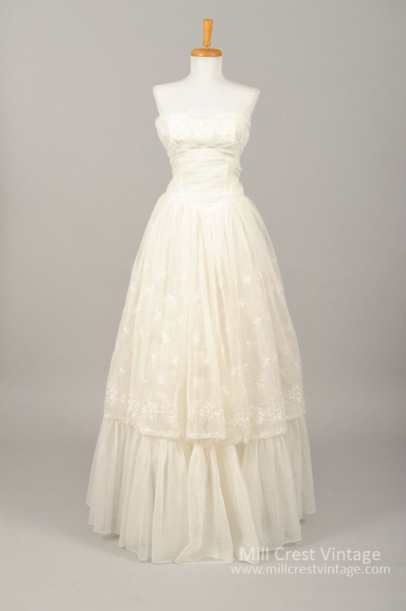 1960 Embroidered Chiffon Vintage Wedding Gown Wedding Gowns Vintage Vintage Dresses Wedding Dresses Vintage