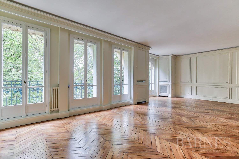 Paris Renting Apartment 6 Rooms Ref 3163908 Apartments For Rent Luxury Apartments Paris Apartments