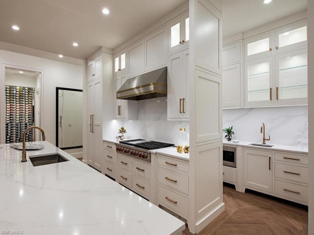 2500 Windward Way Naples Fl 34103 Realtor Com Cabinet Pantry Design Custom Kitchen