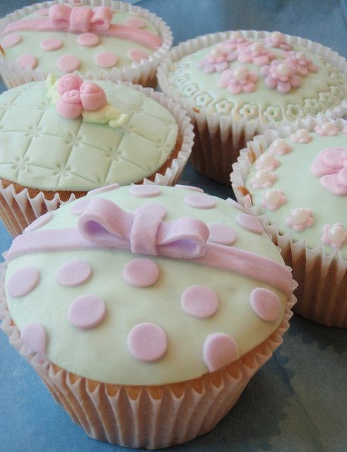 Decorated Cupcakes by Icing Bliss, via Flickr