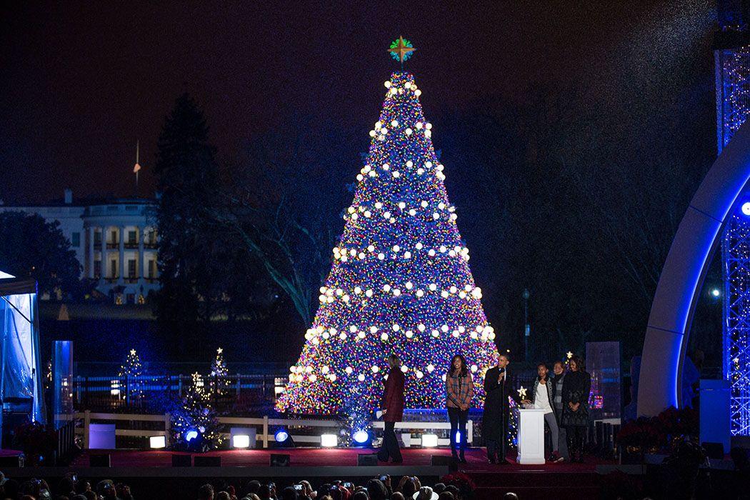barack michelle sasha malia obama marian robinson national christmas tree lightingjpg 1050700 - White House Christmas Tree Lighting