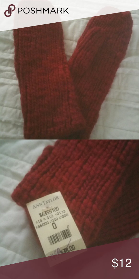 Mittens Ann Taylor mittens in cranberry. Ann Taylor Accessories Gloves & Mittens
