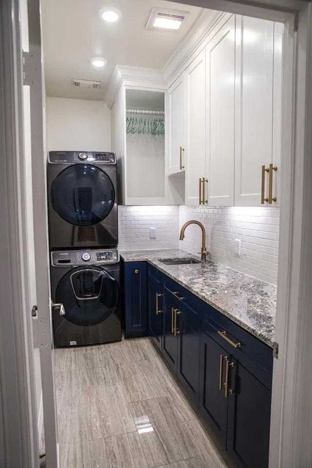 Long Narrow Laundry Room Ideas Google Search In 2020 Modern