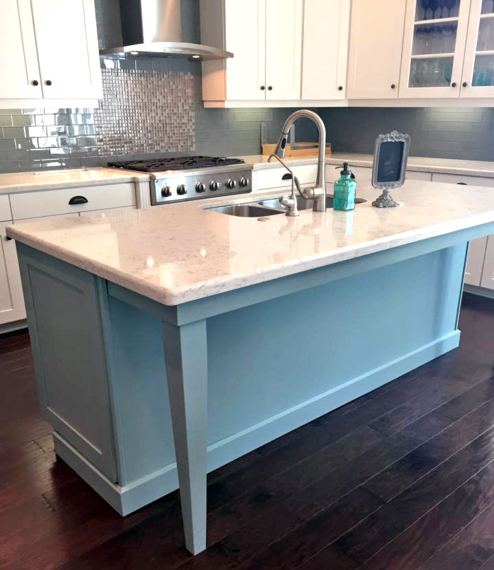 Persian Blue Island Beauty | General finishes, Persian and Milk paint