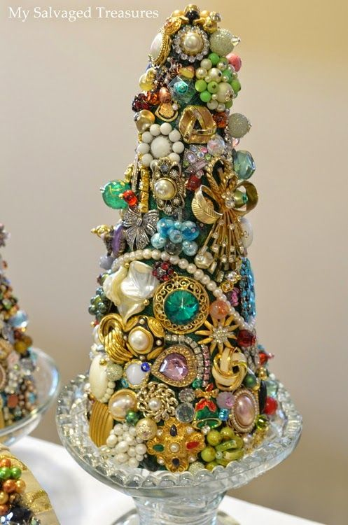 Use old jewel to decorate cone to make Christmas Tree